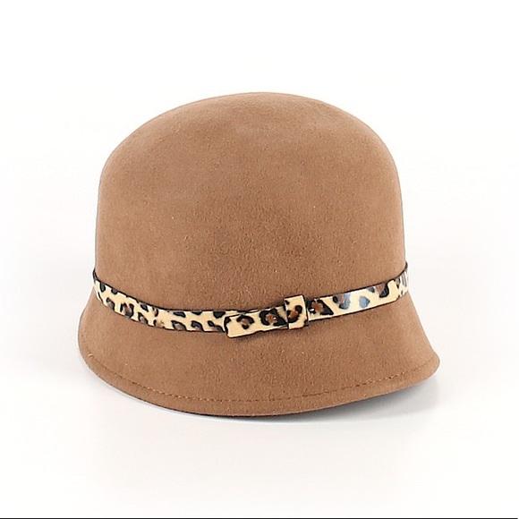 Accessories - Cute, Vintage-looking Wool Hat